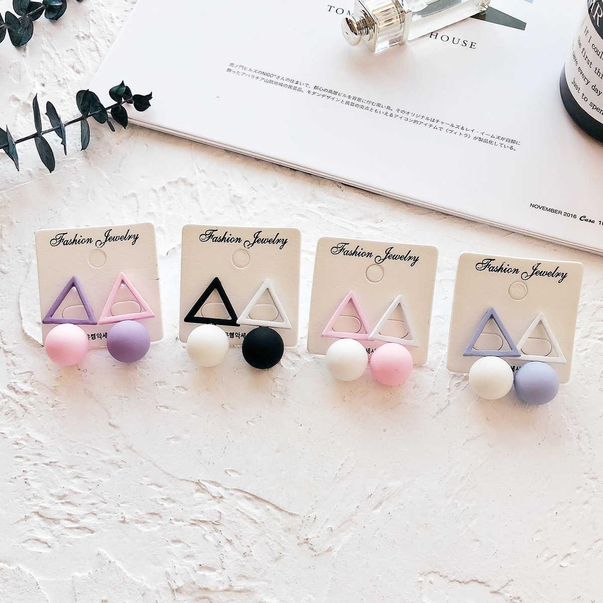 鏤空三角圓形耳環/耳針