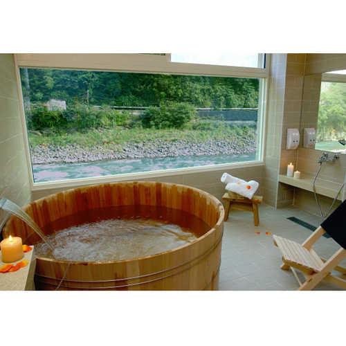 【烏來】湯布苑-溪景(檜木桶)湯房(大床+電視+飲料+點心)